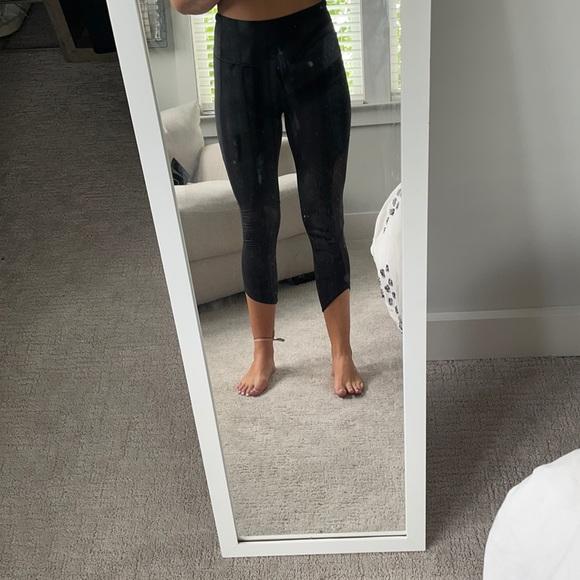 Cropped mesh lululemon leggings